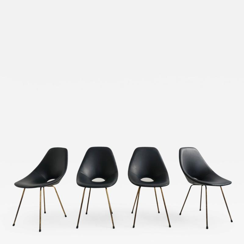 Vittorio Nobili Set of 4 Vittorio Nobili Medea Chairs in Blue Navy Faux Leather