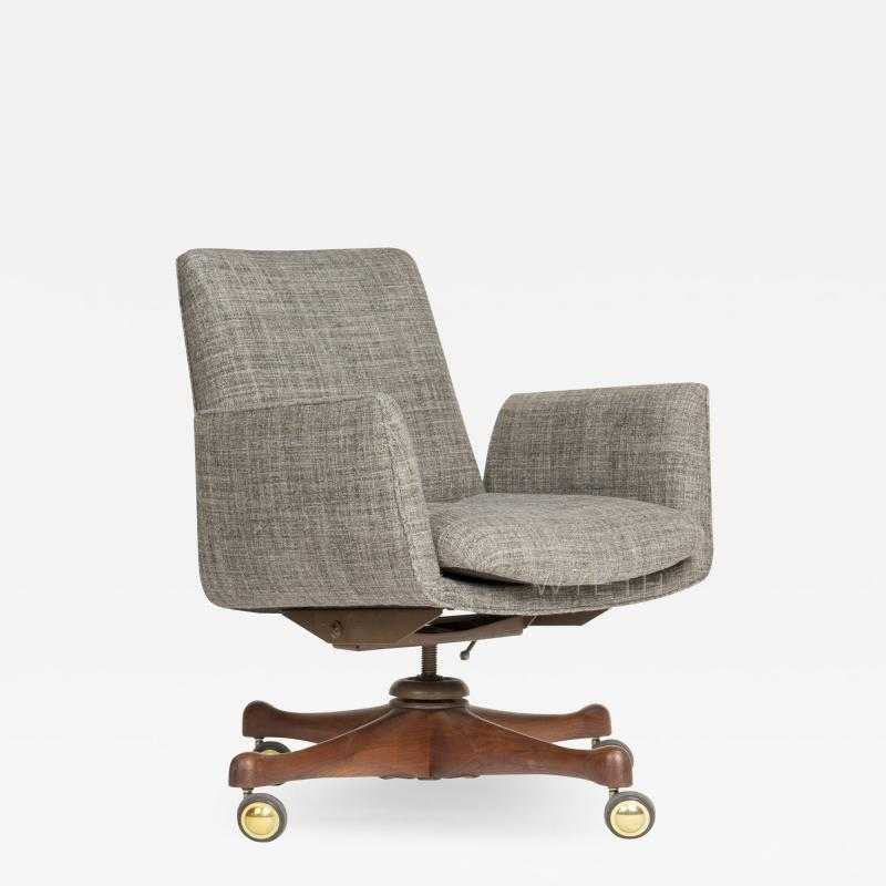 Vladimir Kagan VLADIMIR KAGAN SWIVELING DESK CHAIR