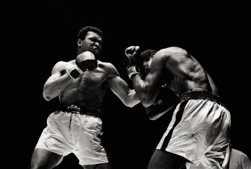 Walter Iooss Muhammad Ali and Ernie Terrell 1967