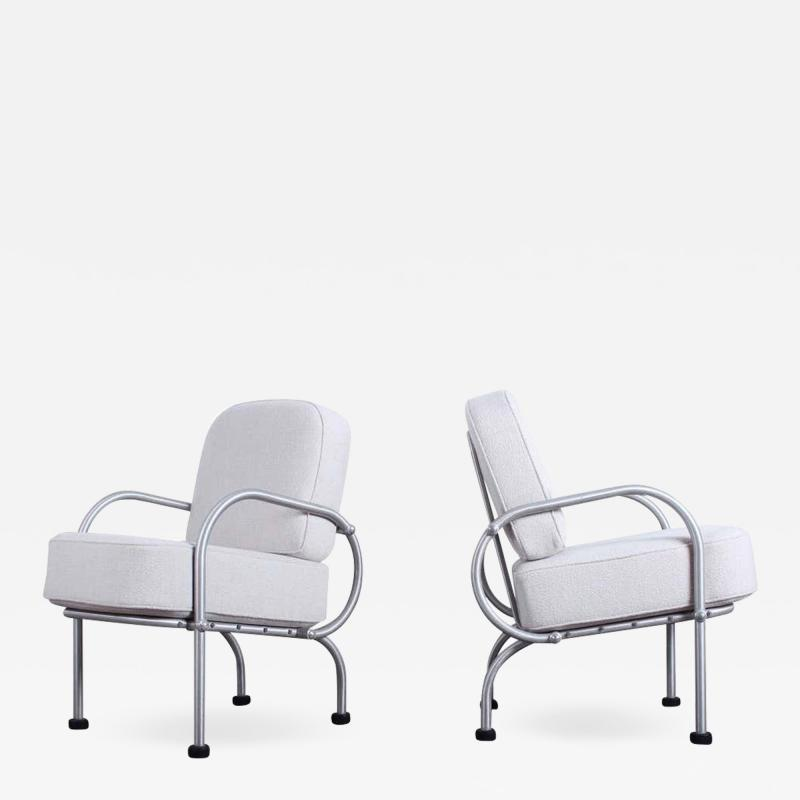 Warren McArthur Pair of Petite Lounge Chairs by Warren McArthur