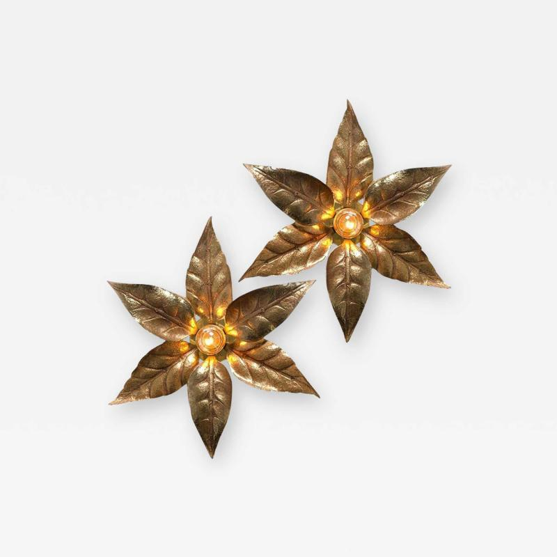 Willy Daro One of the Two Willy Daro Style Brass Flowers Wall Lights by Massive Lighting