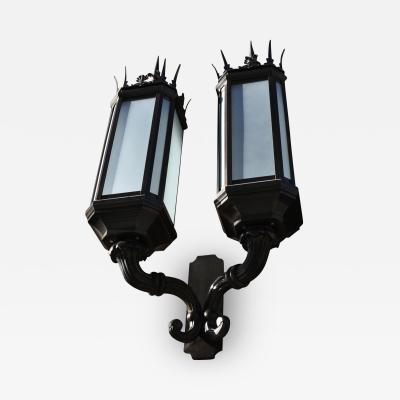 ADG Lighting Historic Spiked Lantern Double Head