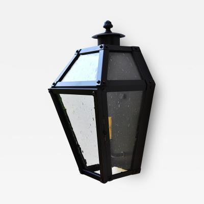 ADG Lighting Traditional Lantern