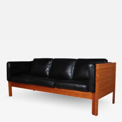 B rge Mogensen Borge Mogensen B rge Mogensen Three pers sofa model BM 2343