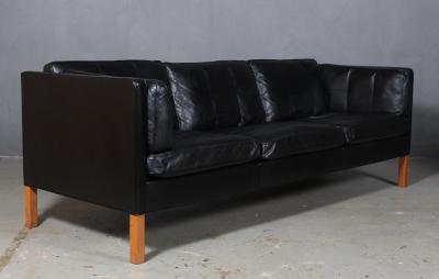 B rge Mogensen Borge Mogensen B rge Mogensen Three seater sofa model 2333