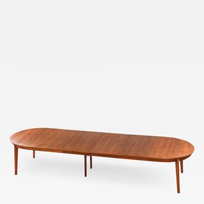B rge Mogensen Borge Mogensen Dining Table Model resund Produced by Karl Andersson S ner