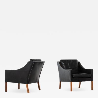 B rge Mogensen Borge Mogensen Easy Chairs Model 2207 Produced by Fredericia Stolefabrik