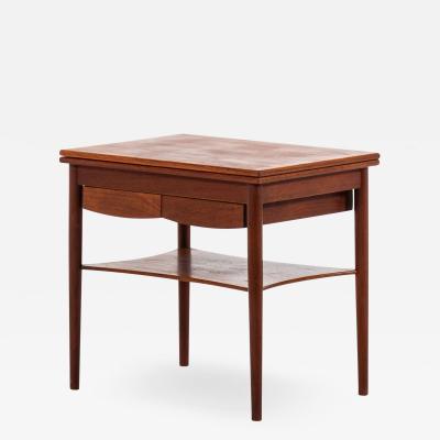 B rge Mogensen Borge Mogensen Side Table Model 149 Produced by S borg M belfabrik