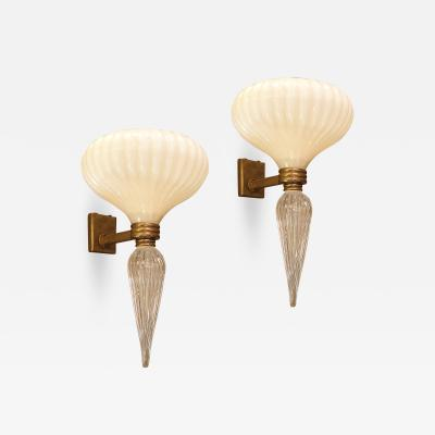 Barovier Toso Pair of Mid Century Modern Murano glass sconces Barovier style Italy 1960s