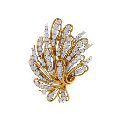 Bulgari Bulgari Mid 20th Century Diamond and Gold Flower Brooch