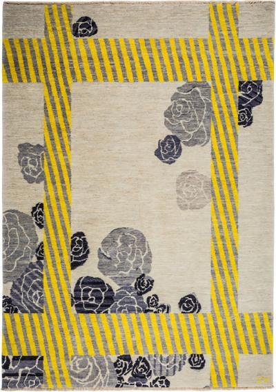 Carpets CC White Flower