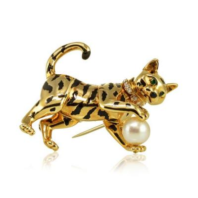 Cartier CARTIER PANTHERE 18K YELLOW GOLD FRENCH DIAMOND PEARL CAT BROOCH