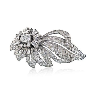 Cartier PLATINUM FOLIATE DESIGN WITH CENTER CUSHION CUT DIAMOND 1 35 E VS2 GIA BROOCH