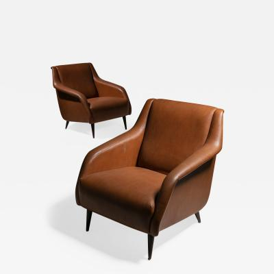 Cassina Pair of 802 Armchairs by Carlo De Carli for Cassina