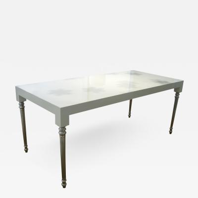 DWM MALOOS Parsons Louis Dining Table