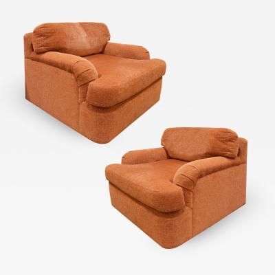 Directional Pair of Large Swiveling Lounge Chairs 1970s