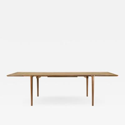 Erickson Woodworking Elephant Dining Table
