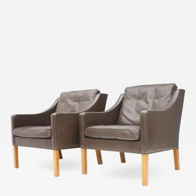 Frederica Stolefabrik Pair of B rge Mogensen Lounge Chairs 2207 in Chocolate Brown Leather