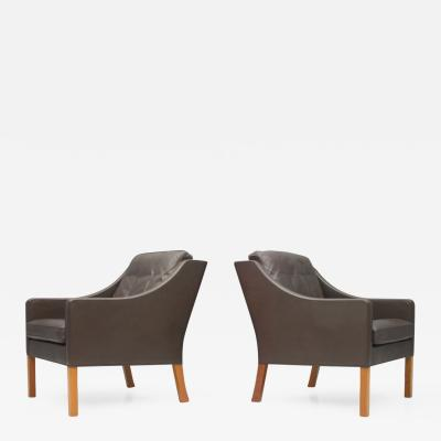 Fredericia Stolefabrik Pair of Borge Mogensen Lounge Chairs 2207 by Frederic Denmark 1960s