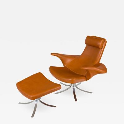 G sta Berg Stenerik Eriksson Seagull Chair and Ottoman by Gosta Berg and Stenerik Eriksson for Fritz Hansen