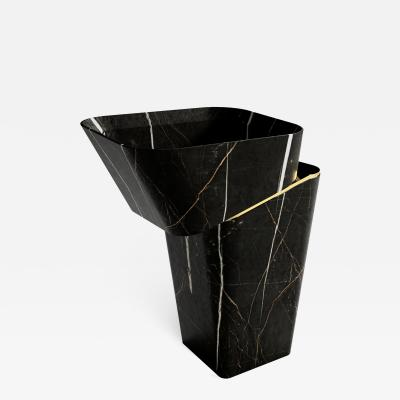 GRZEGORZ MAJKA LTD Louis Noir I Modern Hand Crafted Washbasin