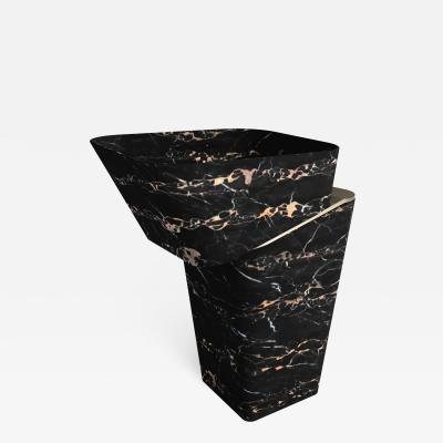 GRZEGORZ MAJKA LTD Louis Noir II Contemporary Washbasin