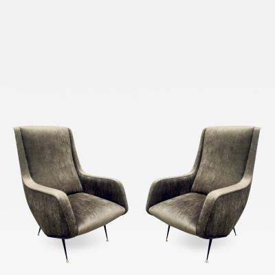I S A Pair of Chic and Sculptural Italian Lounge Chairs 1950s