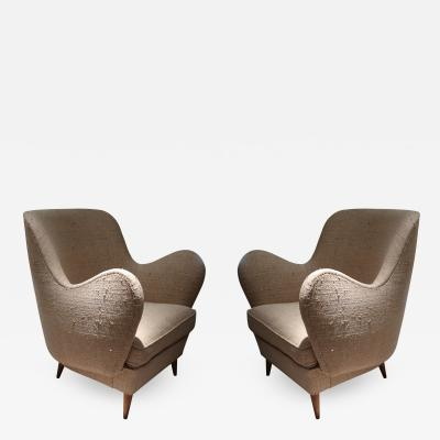 ISA A pair of armchairs by ISA Italy 50
