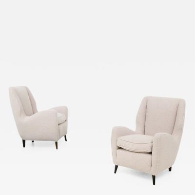 ISA Bergamo I S A Italy Pair of Mid Century armchairs by Isa Bergamo in white boucl fabric 1950s