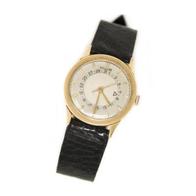 Jaeger LeCoultre Rare 1950s Jaeger Le Coultre 14Kt Yellow Gold Calendar Disc ref 2777 Wristwatch