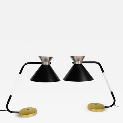 Jumo Pair of table lamps in brass and painted metal