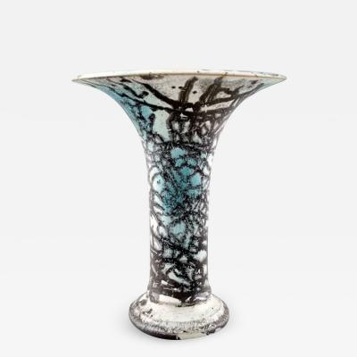 K hler Vase decorated with green glaze