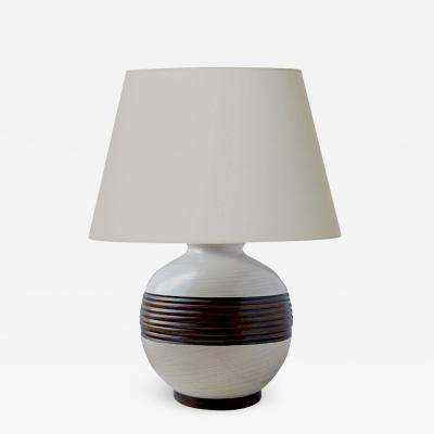 K ramos Table lamp with graphic relief band by Keramos