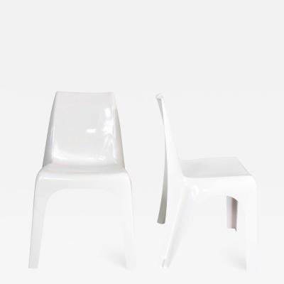 Kartell Pair vintage modern white molded plastic chairs style of kartell 4850