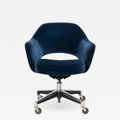 Knoll Saarinen Executive Arm Chair in Velvet Swivel Base by Eero Saarinen for Knoll