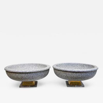 Mangani A Pair of Italian Mangani Ceramic Pedestal Bowls