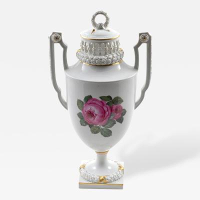 Meissen 1924 Meissen Porcelain Lidded Urn