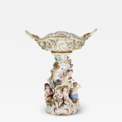 Meissen Porcelain Manufactory Antique German Meissen porcelain centrepiece