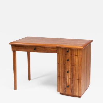 Michael Gloor Design Nellies Desk
