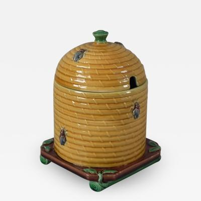 Minton Minton Majolica Beehive Honey Pot and Cover