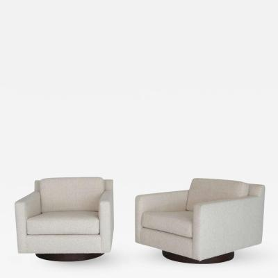 Orange Furniture Pair of Milo Baughman Style Swivel Chairs