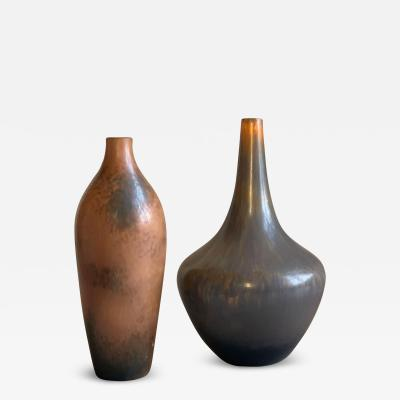 R rstrand Duo of Organically Modeled Vases by Gunnar Nylund