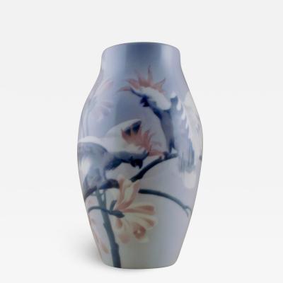 R rstrand Unique Art Nouveau vase in porcelain decorated with parrots