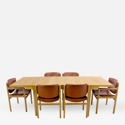 S ren Willadsens M belfabrik Danish Modern Oak Dining Set Designed by S ren Willadsen