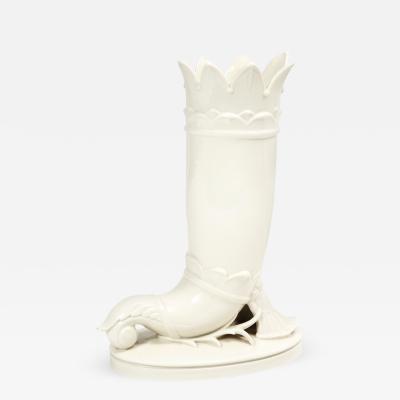 Schwarzburg Werkstatten Early Porcelain Vase by Schwarzburger Werkst tten