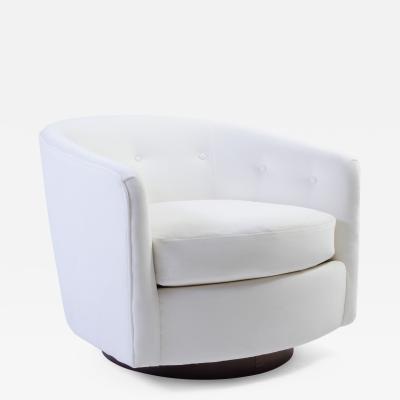 Selig Furniture Co Selig Swivel Chair in Snowy White Velvet