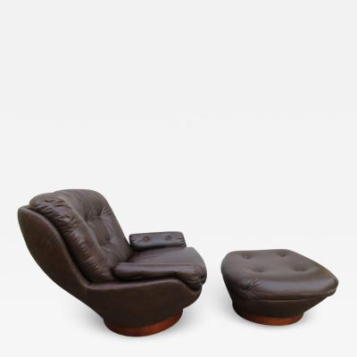Selig Furniture Co Wonderful Selig Swivel Egg Lounge Chair with Ottoman Mid Century Modern