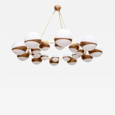 Stilnovo Very Huge Impressive Murano Glass and Brass Chandelier Attributed to Stilnovo