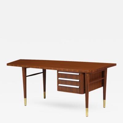 Stow Davis Furniture Co Mid Century Executive Desk by Stow and Davis