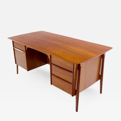 Svend Madsen Danish Modern Teak Executive Desk Designed by Svend Madsen